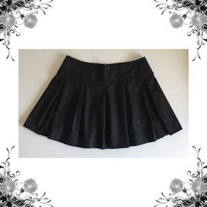 {Vince} Black Pleated Virgin Wool Blend Full Skirt